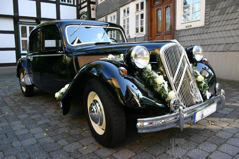 Hochzeitsauto mieten & vermieten - Citroen CV 15-6, Gangsterlimousine, schwarz, 1952  in Melle