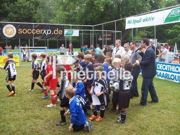 Fußball mieten & vermieten - Soccer Court | Street Soccer Court mit/ohne Rasen in Saarbrücken