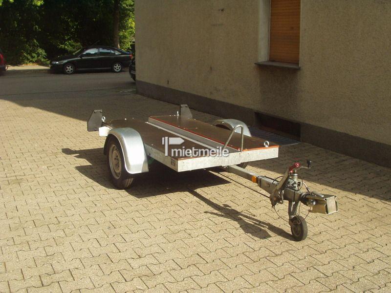 Motorradanhänger mieten & vermieten - Motorradanhänger für eine Maschine gebremst in Bochum