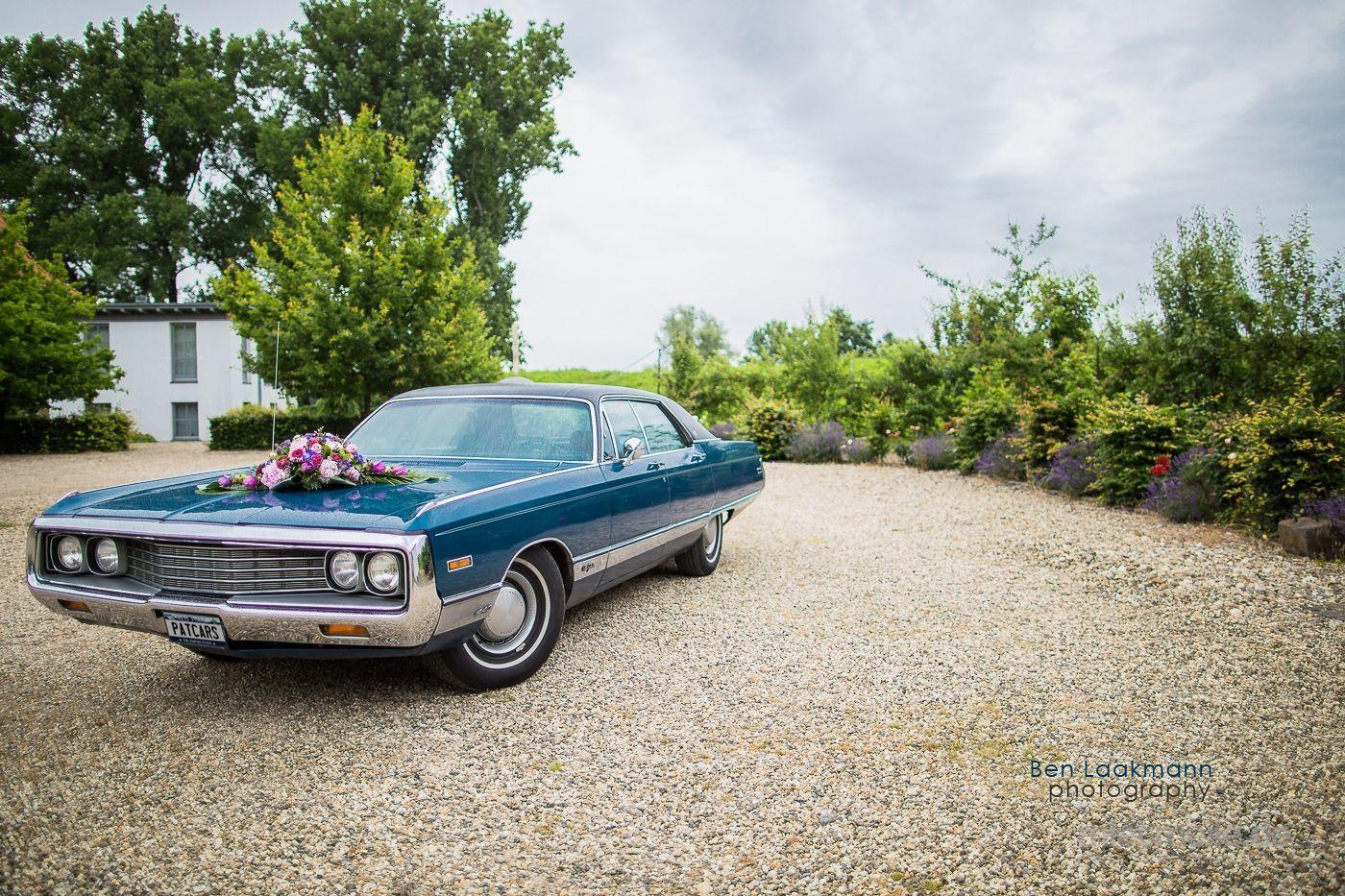 Oldtimer mieten & vermieten - Chrysler New Yorker von 1970  Traumhafter amerik. Straßenkreuzer für Ihre Hochzeit in Mönchengladbach