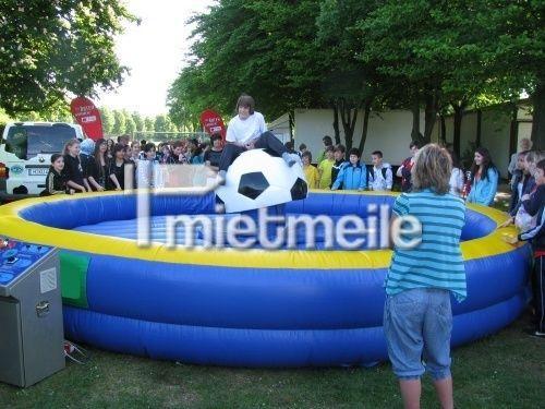 Bullriding mieten & vermieten - Fußball Rodeo in Hannover