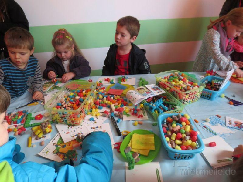 Hochzeitsfeier mieten & vermieten - Kinderbetreuung Hochzeit in Niederkassel