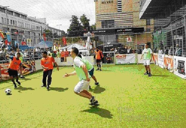 Fußball mieten & vermieten - streetsoccer court leihen, mieten, verleih in Göppingen