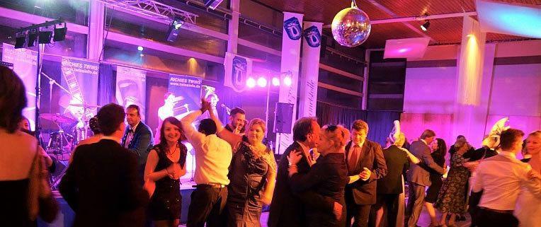 Bands mieten & vermieten - Band RiCHiES TWiNS Liveband, Partyband, Hochzeit in Darmstadt