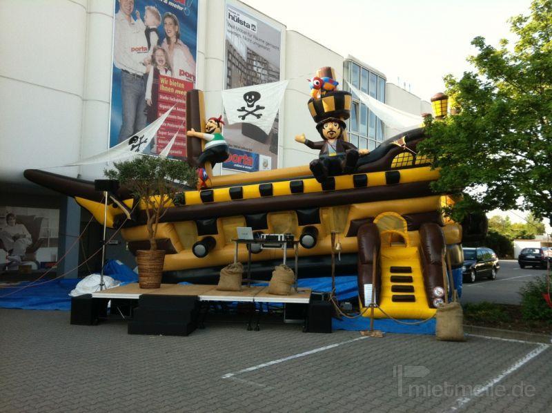 Großspielgeräte mieten & vermieten - Piratenschiff XXL - 15 m lang und 9 m hoch in Bramsche