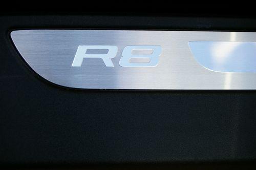 Audi mieten & vermieten - Audi R8/R8/Sportwagen/Coupé in Mönchengladbach