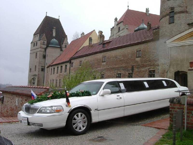 Limousinen mieten & vermieten - Stretchlimousine in weiß in Reisbach