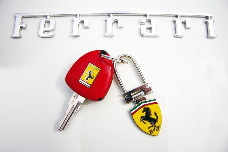 ferrari spider f430 ferrari weiss sportwagen cabrio mieten eur pro tag. Black Bedroom Furniture Sets. Home Design Ideas