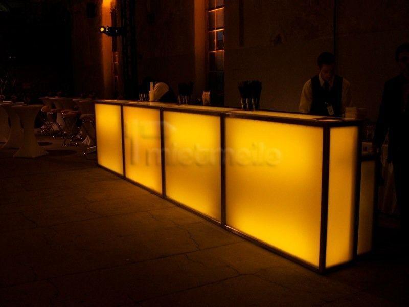Mobile Bar mieten & vermieten - moving bars - Mobile Bar, Cocktail Catering & Show in Berlin Friedrichshain