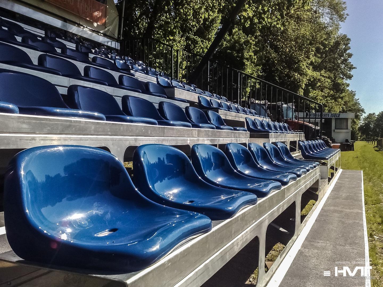 Bühne mieten & vermieten - Mobile Tribüne FreeSTAND - 114 Sitzplätze in Waldshut-Tiengen