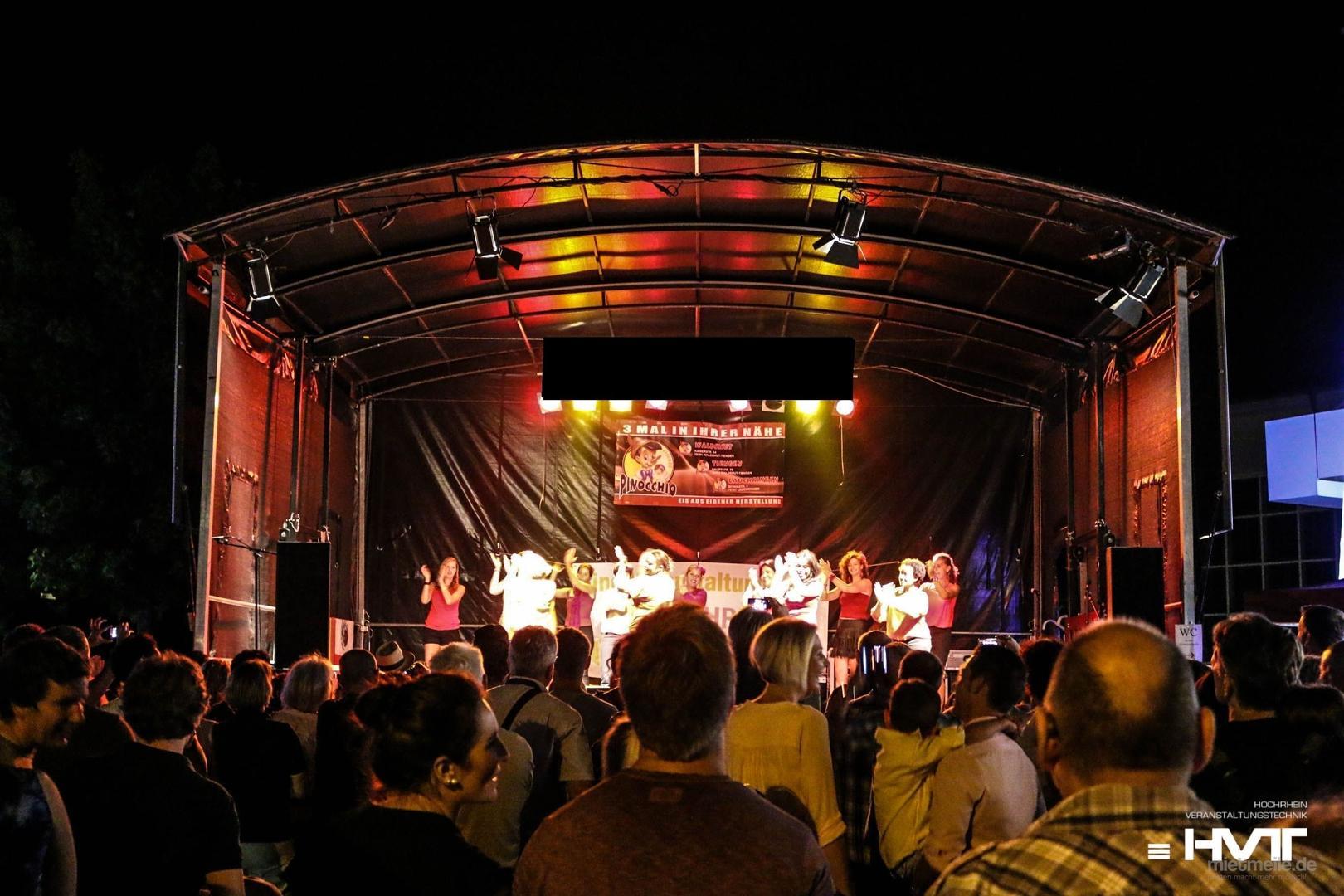 Bühne mieten & vermieten - Mobile Rundbogenbühne FreeSTAGE Medium ARC - Rundb in Waldshut-Tiengen