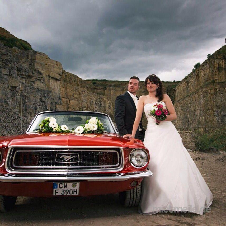 Hochzeitsauto mieten & vermieten - Oldtimer Ford Mustang Cabrio Rot Bj 67 Hochzeitsauto Mieten in Altensteig