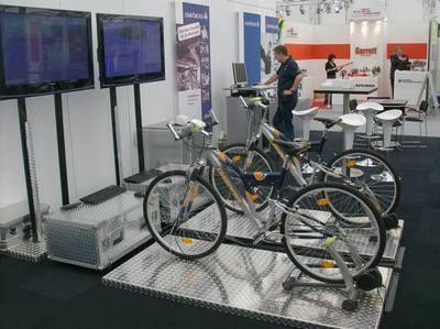 Simulatoren mieten & vermieten - Mountainbike Simulator 1 Rad oder auch 2 Räder in Sinsheim