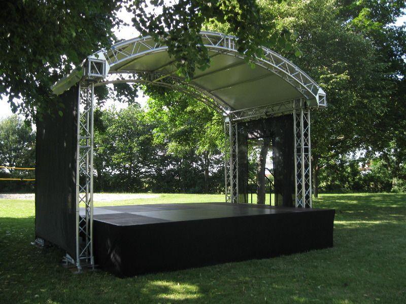 Bühne mieten & vermieten - Rundbogenbühne 5x3m in Bruchsal