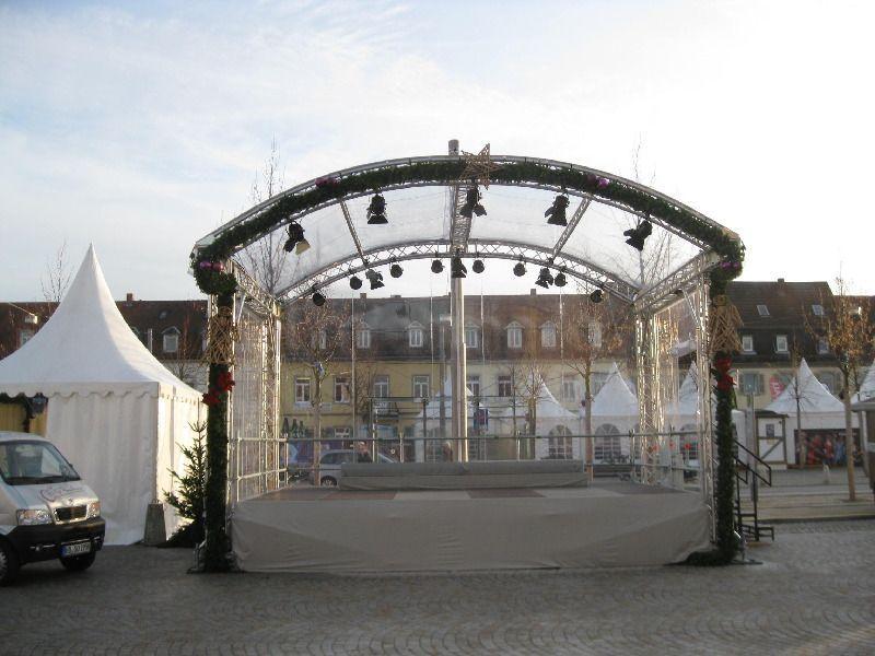Bühne mieten & vermieten - Rundbogenbühne 6x4m in Bruchsal