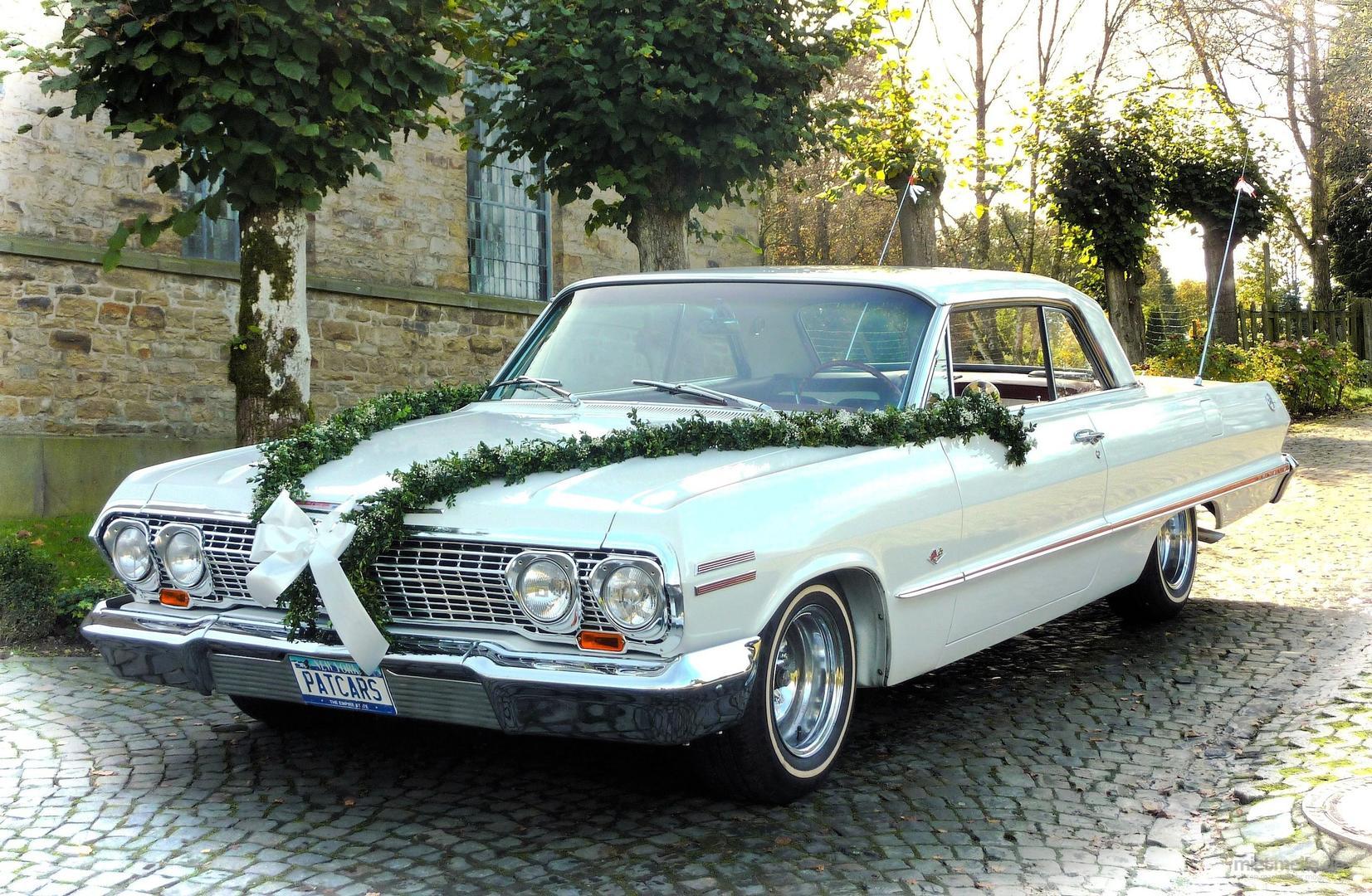 Oldtimer mieten & vermieten - Chevrolet Impala von 1963  Traumhafter US-Oldtimer für Ihre Hochzeit in Mönchengladbach