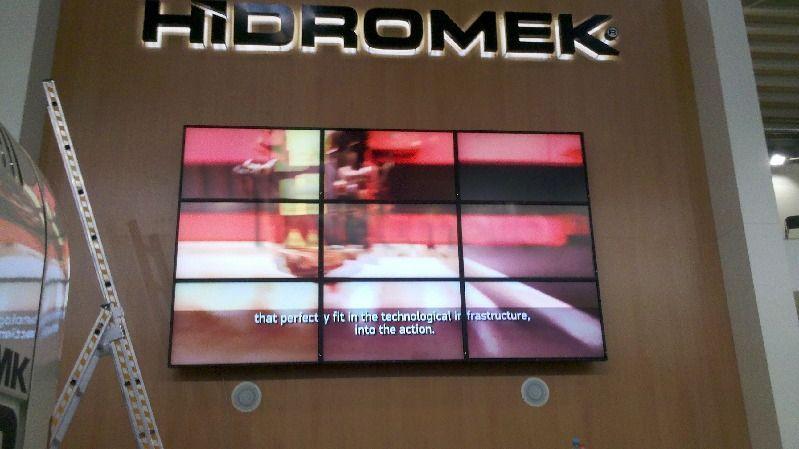 "LCD Monitore mieten & vermieten - Medienwand System 3 x 3 46"" Bildschirme mieten in Dresden"