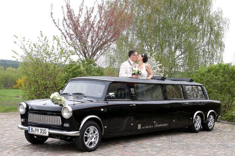 Hochzeitsauto mieten & vermieten - Trabi-XL Hochzeitsautos Trabant Stretchlimousinen in Berlin