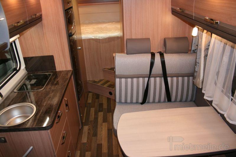 Wohnmobile mieten & vermieten - Knaus Sky Traveller 650 DG Alkoven Wohnmobil in Erwitte