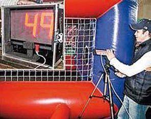 Fußball mieten & vermieten - Geschwindigkeitsmessanlage mit Radar, Soccer Equipment in Würzburg