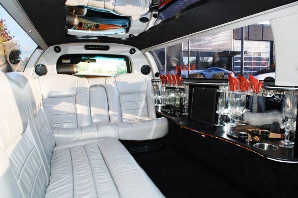 Limousinen mieten & vermieten - Erleben Sie die Extraklasse in einer Elegante Limo in Freiburg im Breisgau