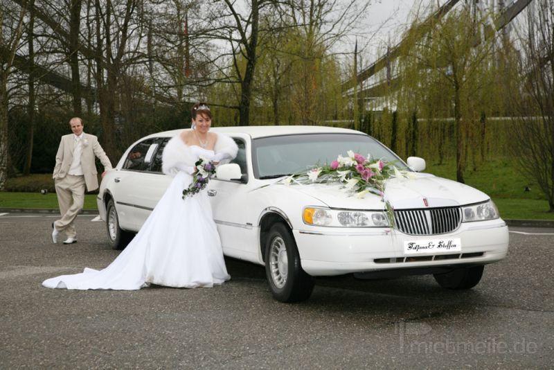 Limousinen mieten & vermieten - Weiße Limousine mieten in Freiburg im Breisgau