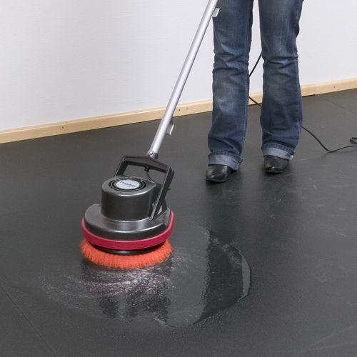 Kehrmaschine mieten & vermieten - Reinigungsgerät für glatte Böden Ø 300 mm in Essen