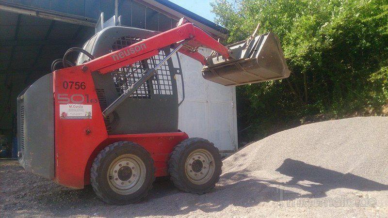 Radlader mieten & vermieten - Kompaktlader 2,4t sehr wendig und kompakt in Mandelbachtal
