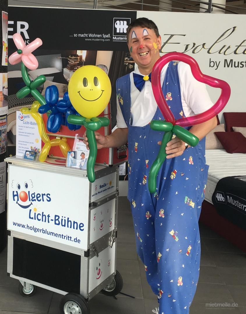 Kinderschminken mieten & vermieten - Kinderschminken,Glitzer-Tattoos,Moderation Clown in Großenkneten