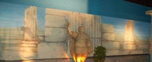 Kulissen mieten & vermieten - Antike griechische Säulen Kulisse, Säulen, Antik, Griechenland, griechisch, Tempelsäulen, Säulentempel, Dekoration in Kamp-Bornhofen