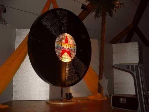 Dekorationsservice mieten & vermieten - Schallplatten Nachbildung XXL, Schallplatten, Plattenspieler, Tonträger, Platte, Schall, Dekoration, Event, Messe in Kamp-Bornhofen