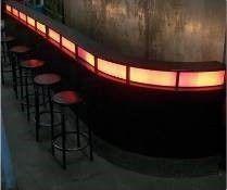 Dekorationsservice mieten & vermieten - Beleuchtete Bar Theke, LED, Bar, Theke, Tresen, Cocktailbar, beleuchtet, Kneipe, Ausschank, Dekoration, leihen, mieten in Kamp-Bornhofen