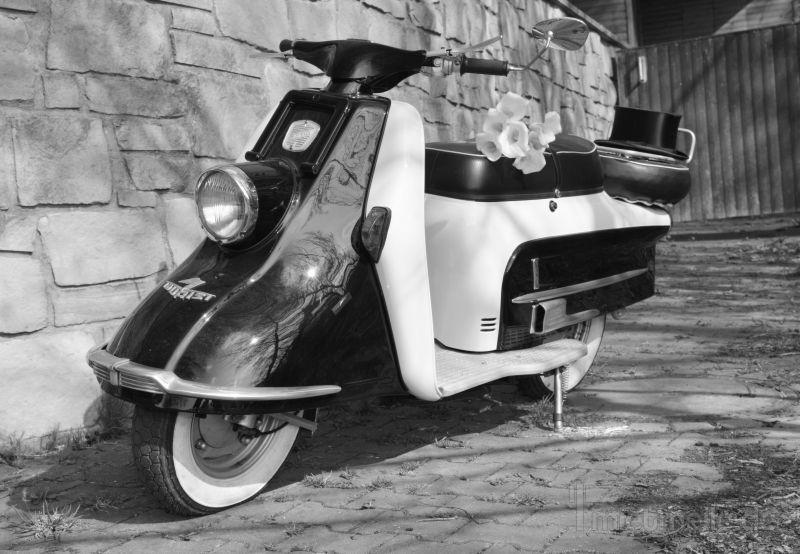 Roller mieten & vermieten - Oldtimer für Hochzeits- und Ausflugsfahrten  in Vlotho