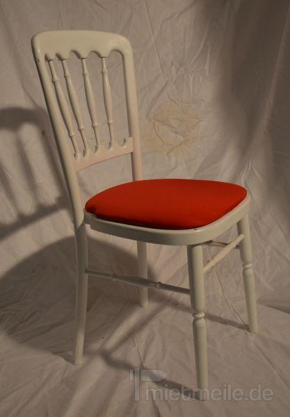 Stühle mieten & vermieten - Holzstuhl weiß mit rot Polstern in Rosenheim
