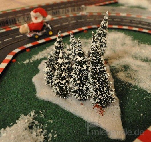 Carrerabahn mieten & vermieten - Santa Race - weihnachtliche Carrera Rennbahn in Münnerstadt