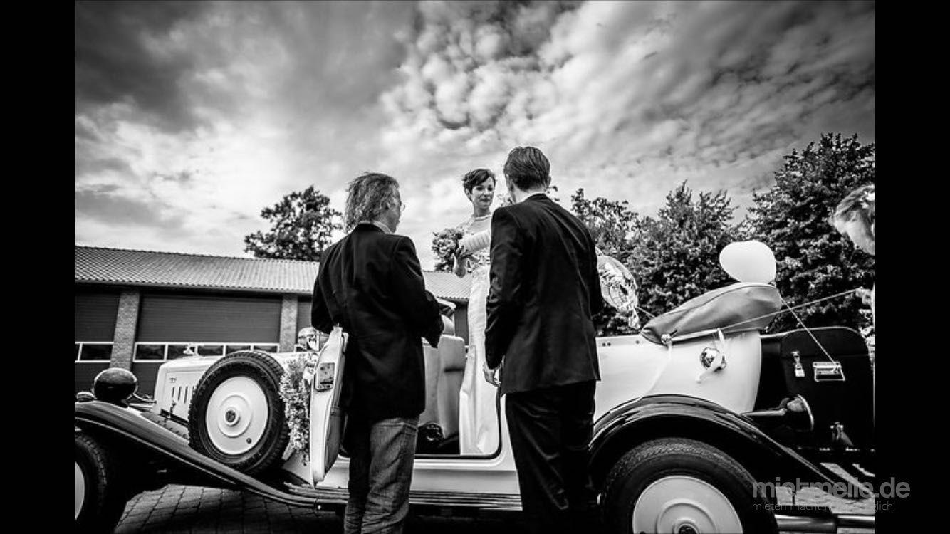"""Hochzeitsauto mieten & vermieten -  """"HOCHZEITS-CABRIOLET"""" offen oder  geschlossen in Werl"""