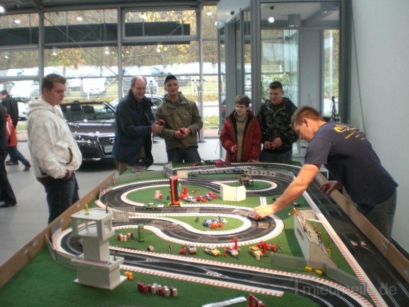Carrerabahn mieten & vermieten - Carrerabahn - Autorennbahn mieten in Schwerin