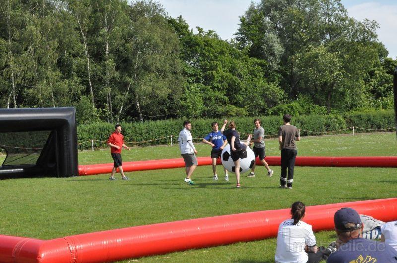 Fußball mieten & vermieten - XXL Fußball - Riesenfußball mieten in Schwerin