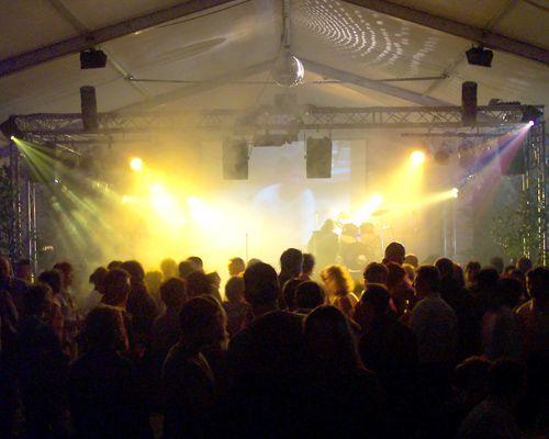 Partyverleih mieten & vermieten - Live-Aufschlag normal in Reinstädt