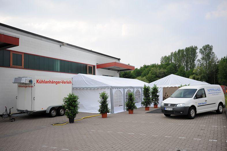 Bühne mieten & vermieten - Tribüne  3 x 10 m/  in verschieden Größen erhältlich in Neumünster