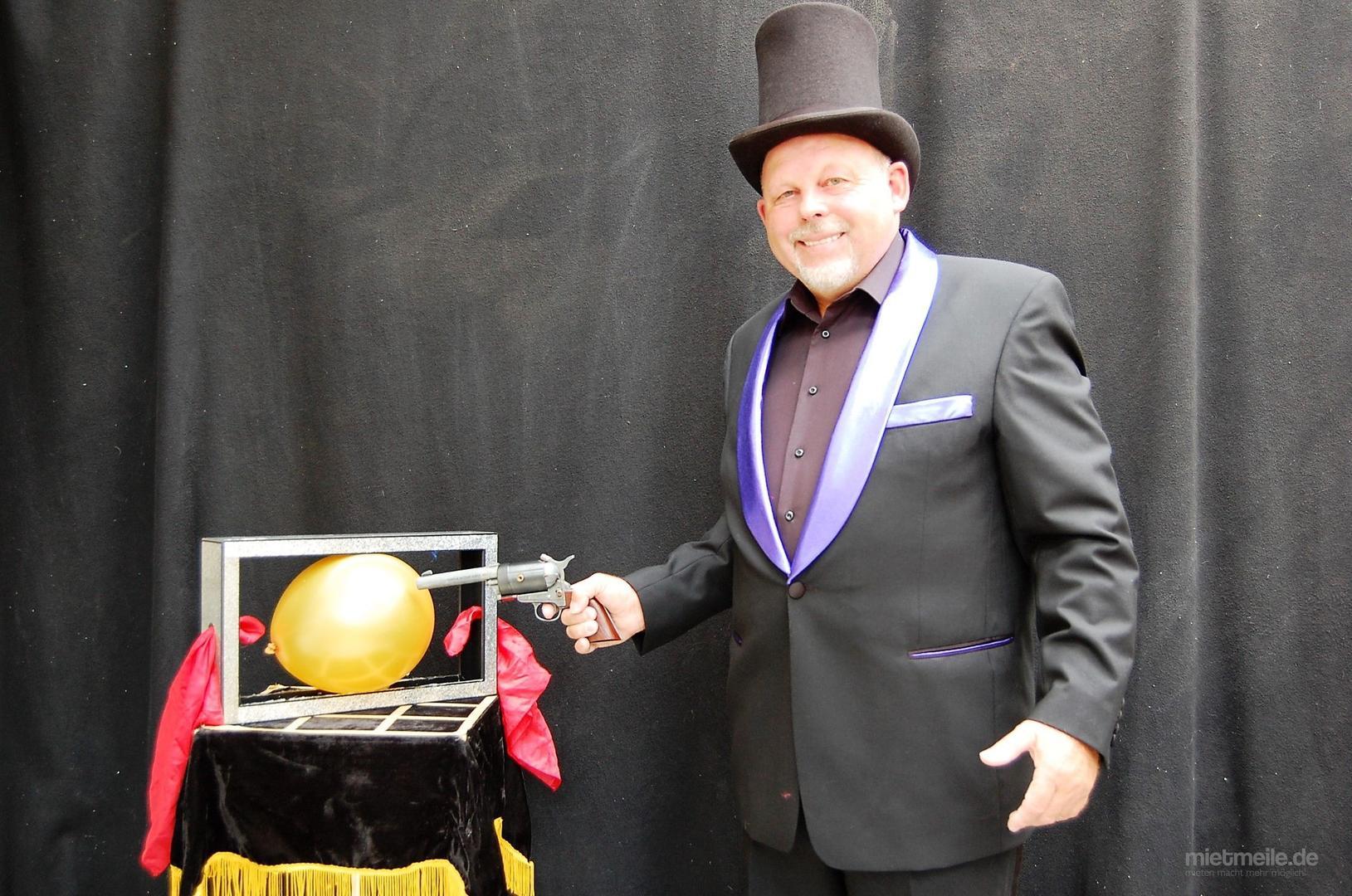 Magier & Zauberer mieten & vermieten - Zaubershow für Ihr besonderes Event. in Püttlingen