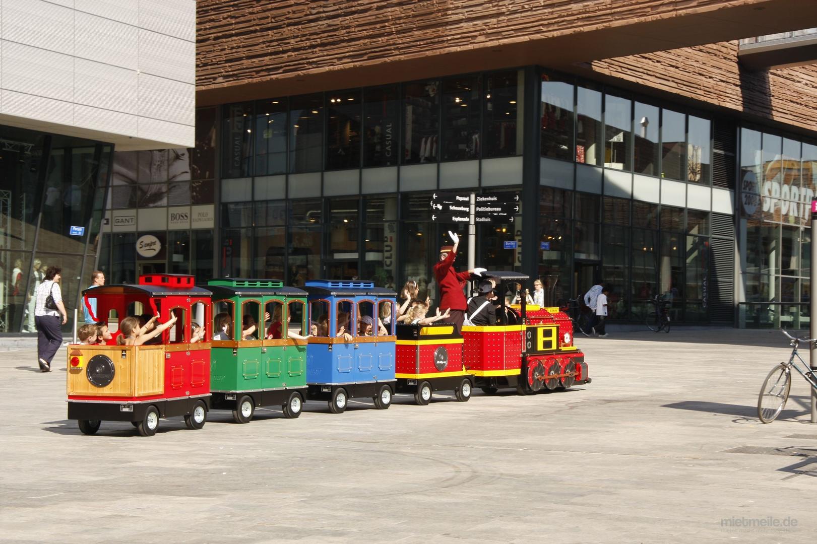 Eisenbahn mieten & vermieten - Eisenbahn ~ Wattmann Maxi Express  in Rheinmünster