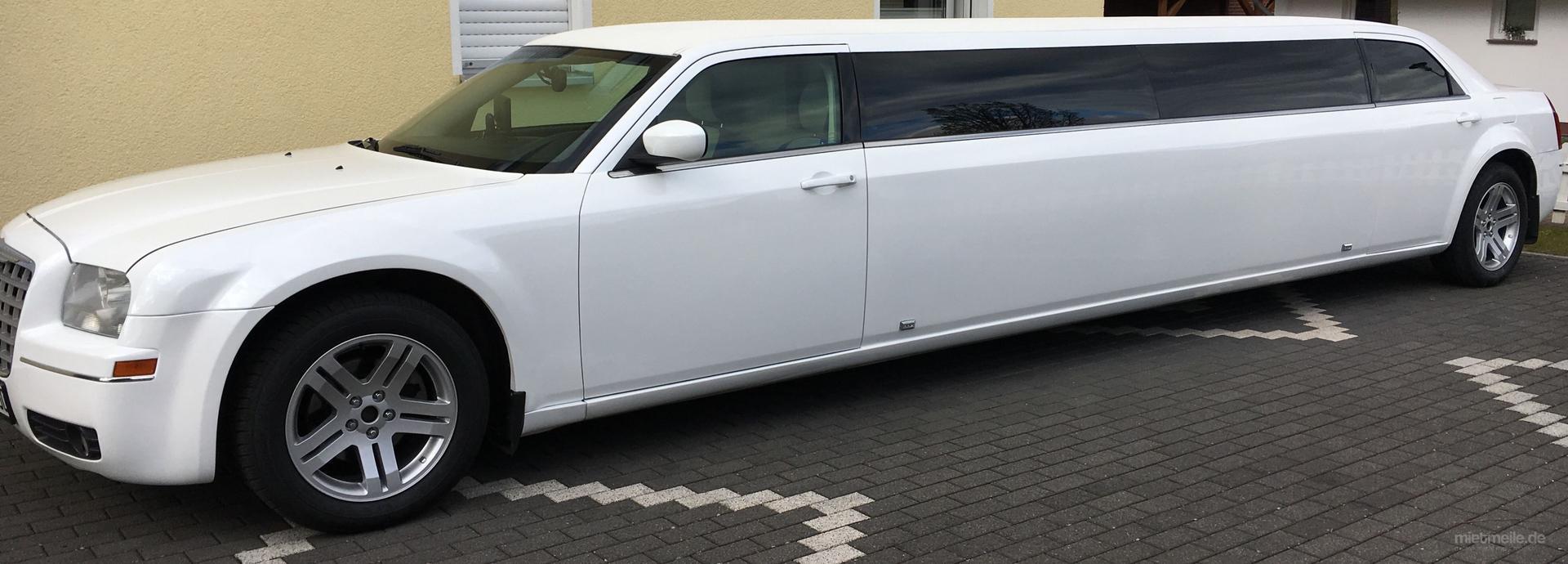 Limousinen mieten & vermieten - Stretch-Limo -Limousine-Hochzeit Service in Stadtoldendorf