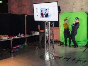 Fotobox mieten & vermieten - Daumenkino - Flipbook selbst erstellen.... inkl. 250 Daumenkino und 2 Teamer (inkl. 19% MwSt.) in Dortmund