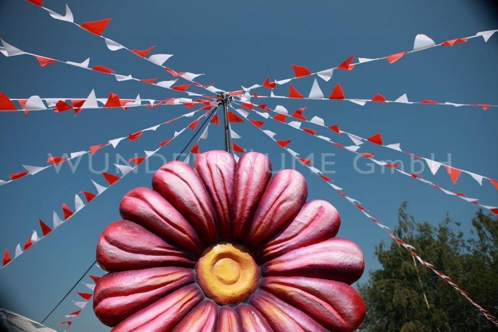 Saisonale Dekoration mieten & vermieten - Wimpelmast - WUNDERRÄUME GmbH vermietet: Dekoration/Kulisse für Event, Messe, Veranstaltung, Incentive, Mitarbeiterfest, Firmenjubiläum in Lichtenstein/Sachsen