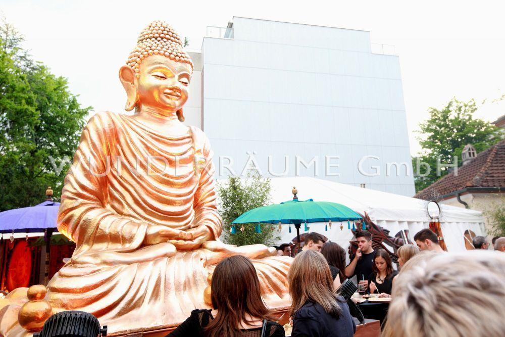 Kulissen mieten & vermieten - Buddha Statue XXL - WUNDERRÄUME GmbH vermietet: Dekoration/Kulisse für Event, Messe, Veranstaltung, Incentive, Mitarbeiterfest, Firmenjubiläum in Lichtenstein/Sachsen
