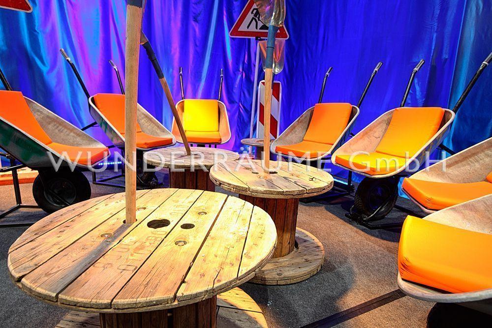 Antik & Rustikal mieten & vermieten - Loungetisch, Kabeltrommel - WUNDERRÄUME GmbH vermietet: Dekoration/Kulisse für Event, Messe, Veranstaltung, Incentive, Mitarbeiterfest, Firmenjubiläum in Lichtenstein/Sachsen