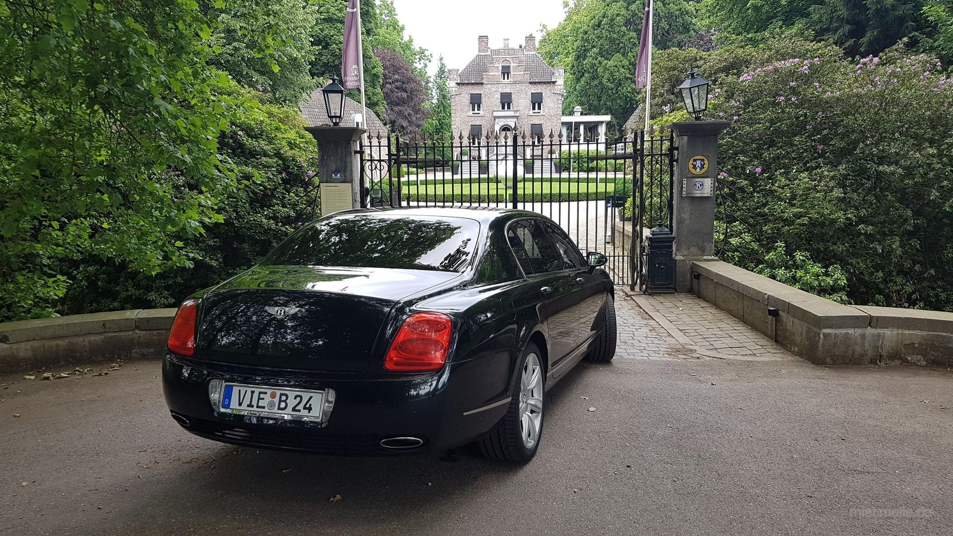 Hochzeitsauto mieten & vermieten - Bentley Flying Spur mit Chauffeur in Niederkrüchten