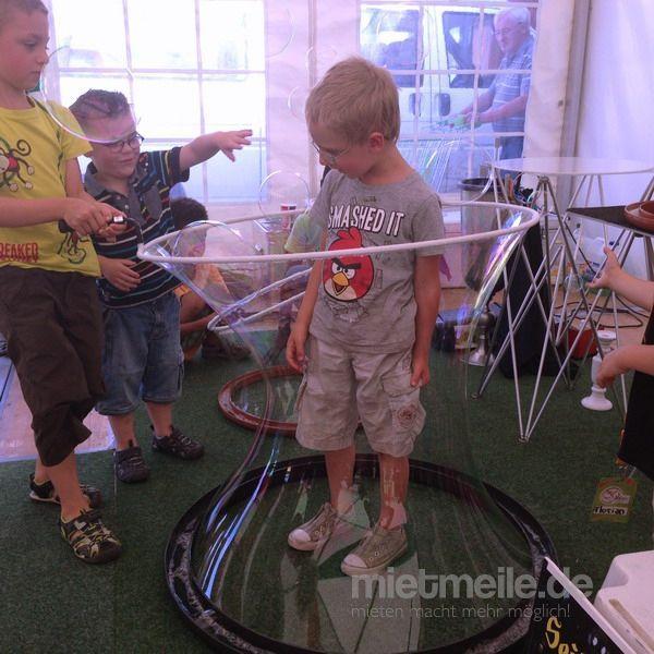 Clown mieten & vermieten - Seifenblasenkünstler in Püttlingen
