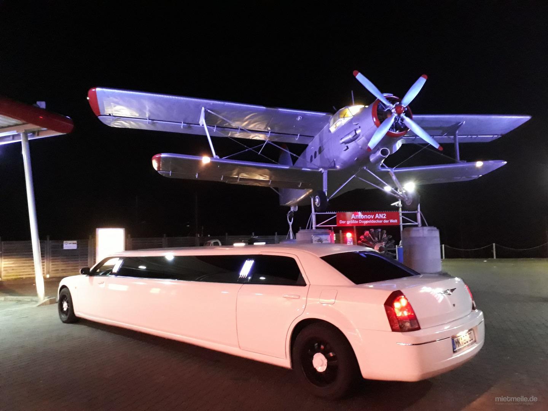 Limousinen mieten & vermieten - Limo Chrysler Weiß Limousine Stretchlimousine Mieten Hochzeit Stretch limosine in Kierspe